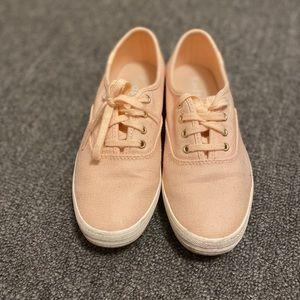 Sparkley pink keds